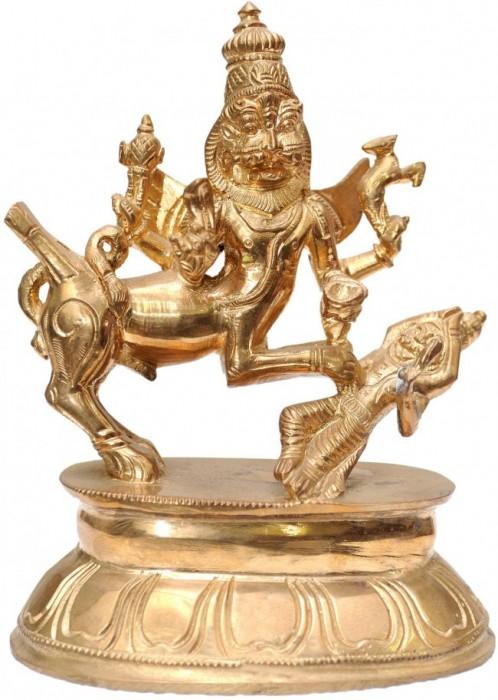 Golden statue of Sharabha Ji