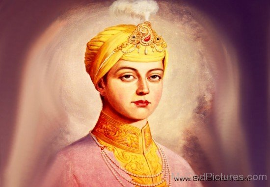 Beautiful Side Pose Of Guru Har Krishan Ji