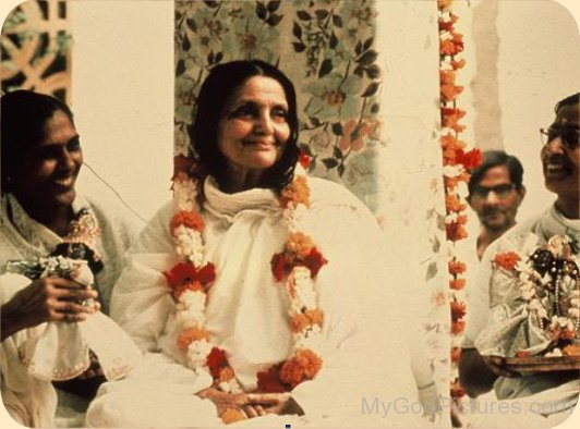Anandamayi Maa With Devotee