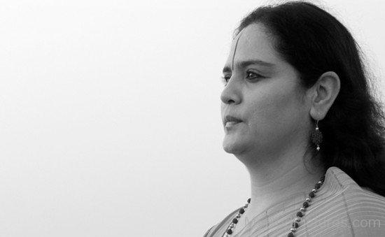 Anandmurti Gurumaa Picture