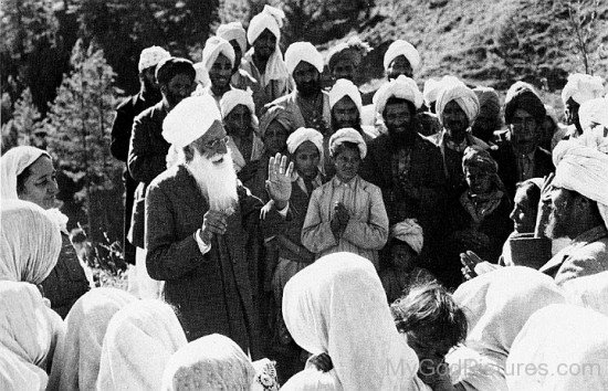 Baba Sawan Singh Ji Talking With People