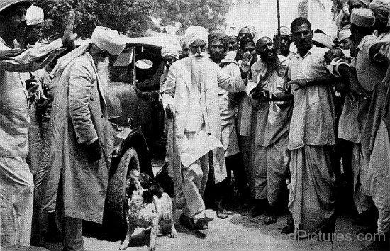 Baba Sawan Singh Visiting Pisawa Fort