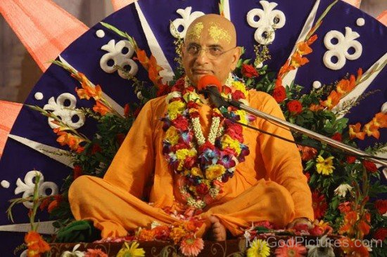 Bhakti Charu Swami During Satsang
