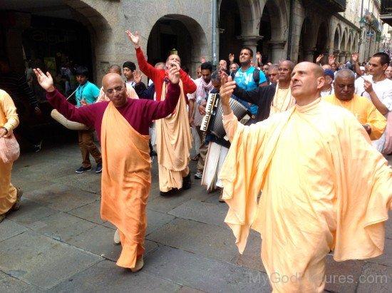 Bhakti Charu Swami In Santiago Streets