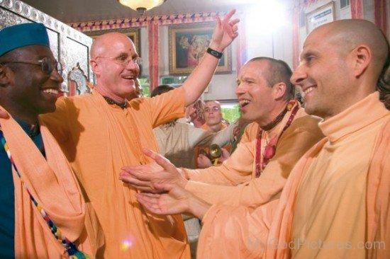 Bhakti Tirtha Swami,Radhanath Swami,Indradyumna Swami And Sachinandana Swami