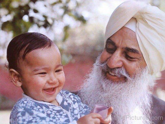 Maharaj Charan Singh Ji With Cute Baby
