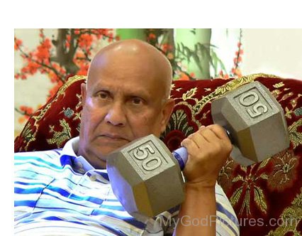 Sri Chinmoy Lifting Weight