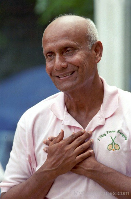 Sri Chinmoy Photo
