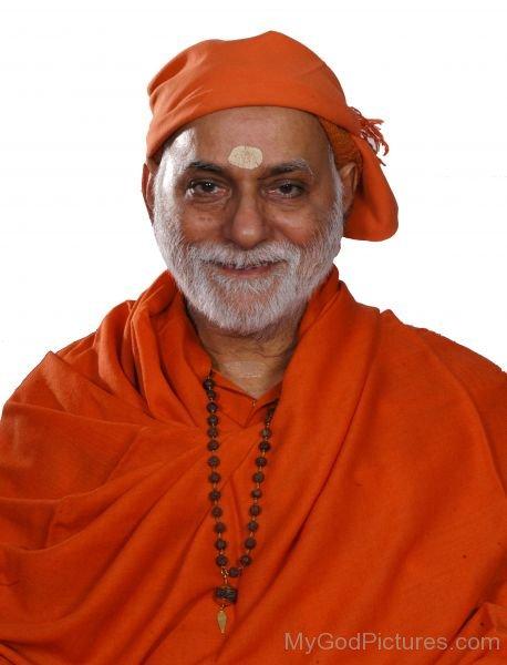 Swami Bhoomananda Tirtha Smiling