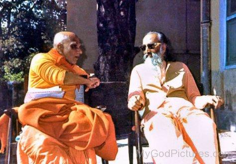Swami Chinmayananda Saraswati And Swami Krishnananda