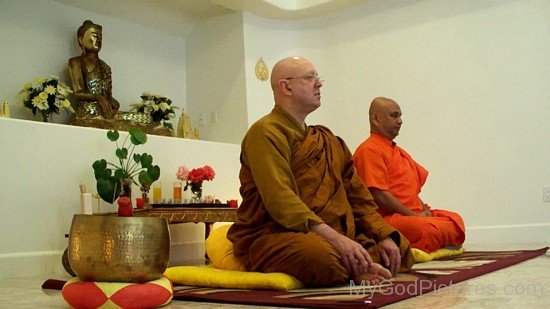 Ajahn Brahm With Maha Bodhi
