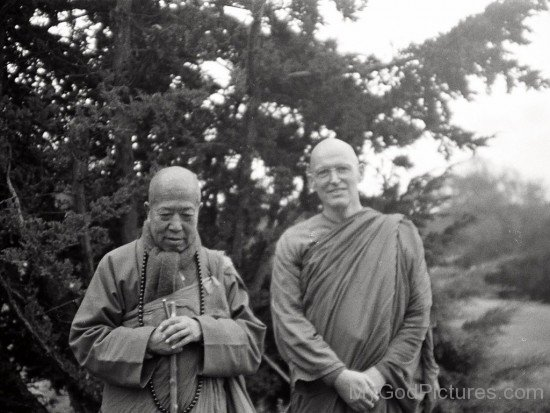 Ajahn Sumedho With Buddhist Leader