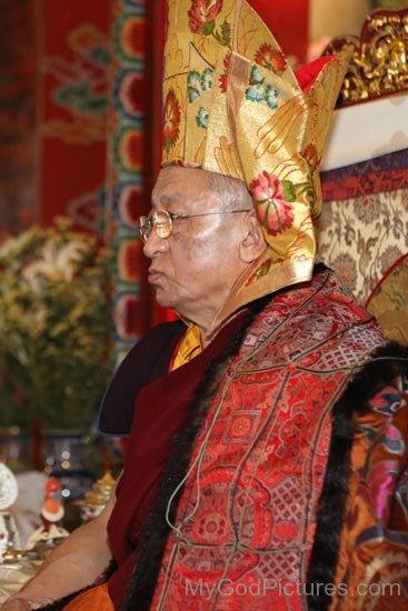 Chokyi Nyima Rinpoche Photo