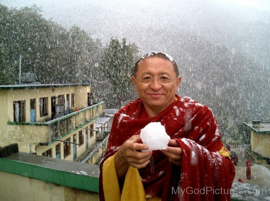 Chokyi Nyima Rinpoche Showing Snow