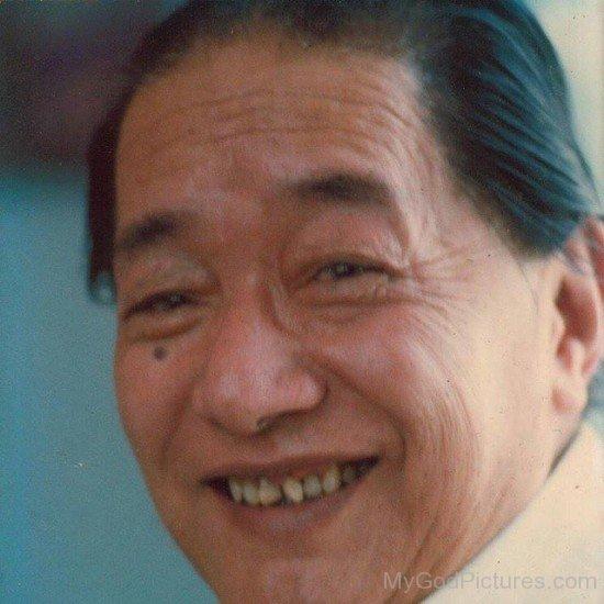 Dudjom Jigdral Yeshe Dorje Smiling