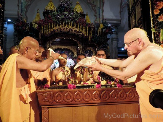 Gopala Krishna Goswami Doing Worship