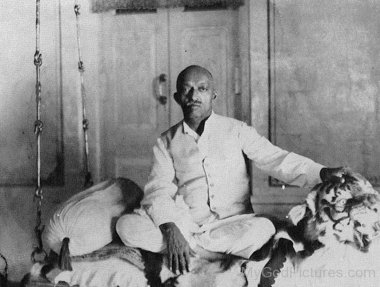 Image Of Narayan Maharaj