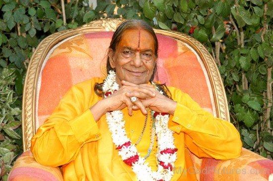 Kripalu Maharaj Ji Picture