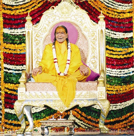 Kripalu Maharaj Ji Sitting On His Seat