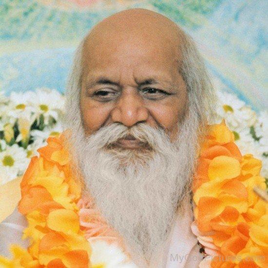 Maharishi Mahesh Yogi Ji Smiling