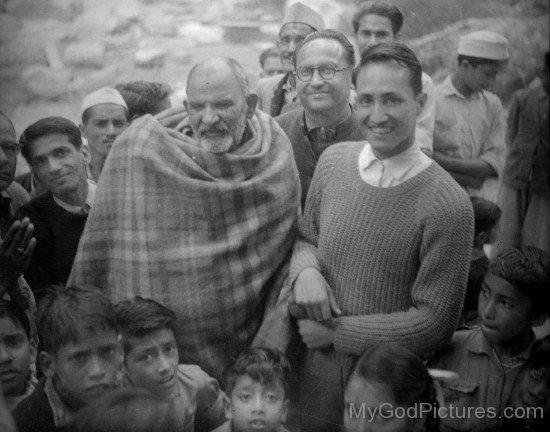 Neem Karoli Baba With His Devotees