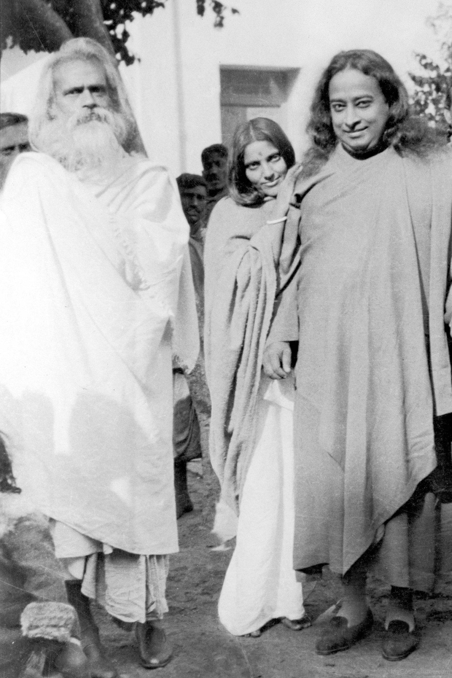 Paramahansa Yogananda And Guru Sharanam God Pictures
