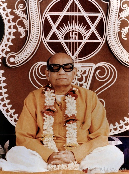 Prabhat Ranjan Sarkar Doing Meditation