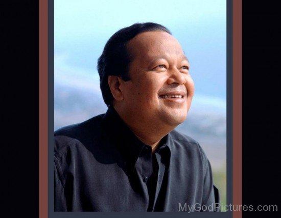 Prem Rawat Ji Smilng