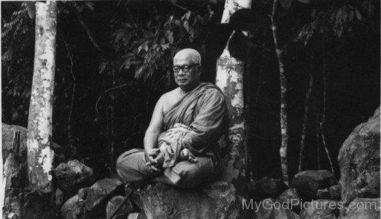 Rare Picture Of Buddhadasa