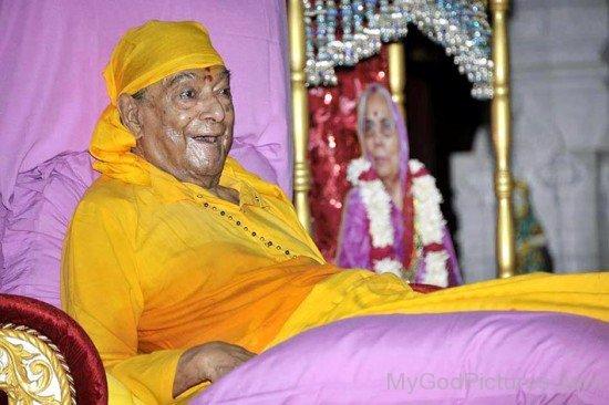 Rare Picture Of Swami Kripalu Maharaj Ji
