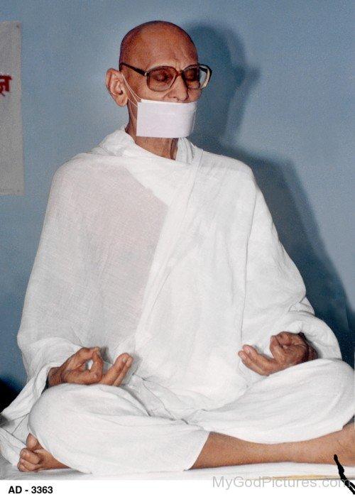 Spiritual Leader Acharya Shri Mahapragya Ji