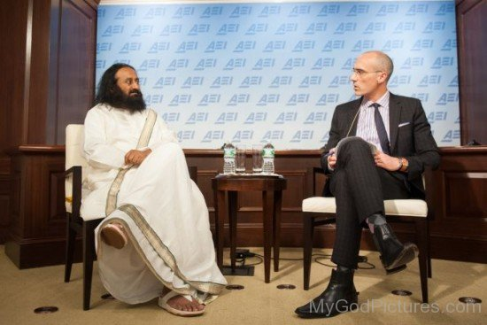 Sri Sri Ravi Shankar With Arthur Brooks