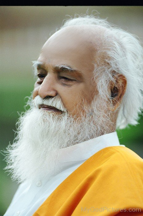 Sri Vethathiri Maharishi Ji