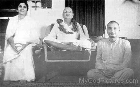 Swami Ramdas,Swami Vireswarananda And Mata Krishnabai