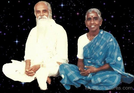 Vethathiri Maharishi With His Wife