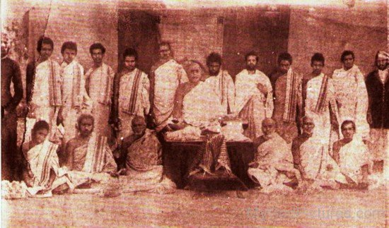 Vijayanandsuri Ji With Devotees