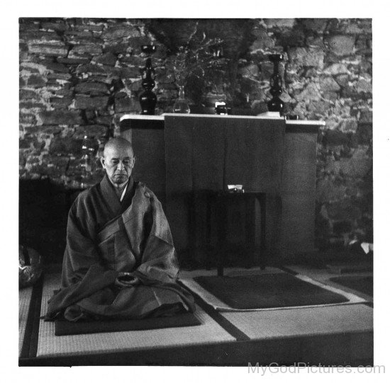 Shunryu Suzuki Doing Meditation
