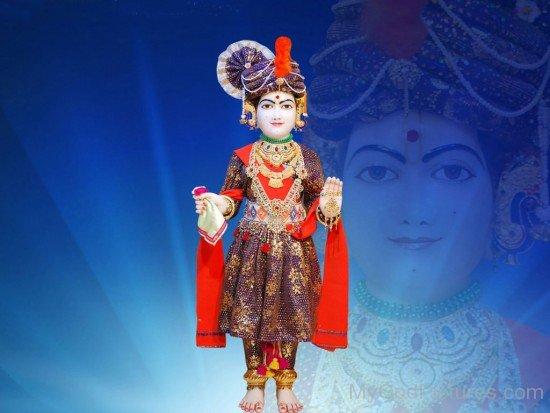 White Marbel Statue Of Swaminarayan