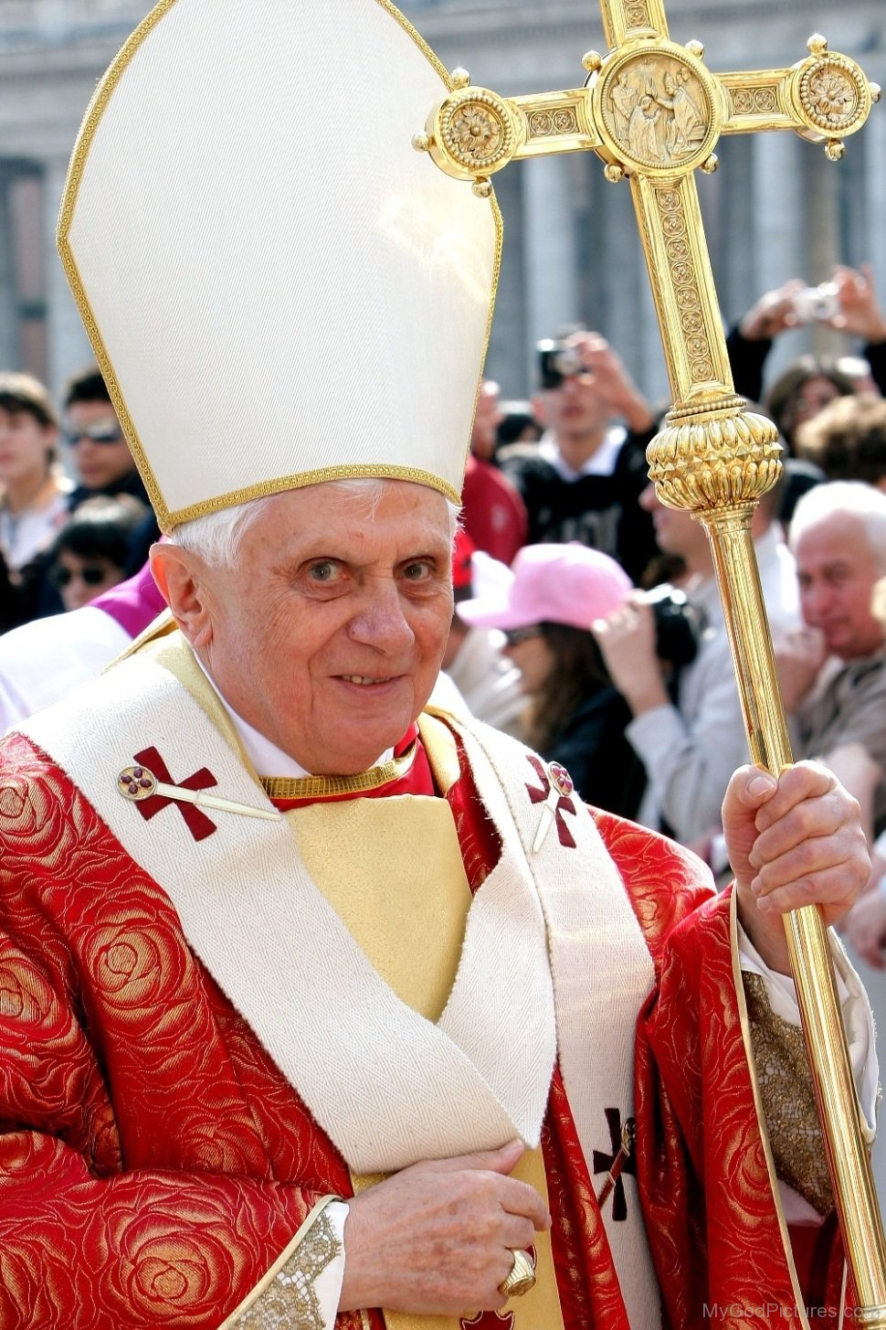 an analysis of pope benedict xvi Analysis: benedict xvi's unpublished letter- god is key to understanding human rights  pope emeritus benedict xvi selected the topic, as he does for the group every year  benedict's .