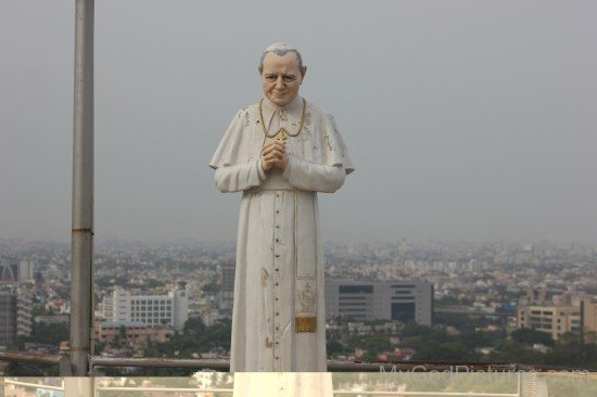 Saint Pope John Paul II Statue