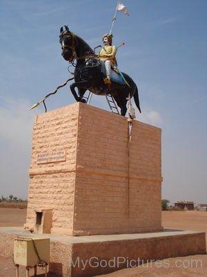 Veer Tejaji Statue
