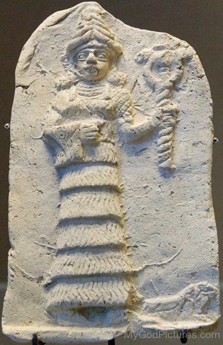 Goddess Ishtar Holding Her Symbolyu504