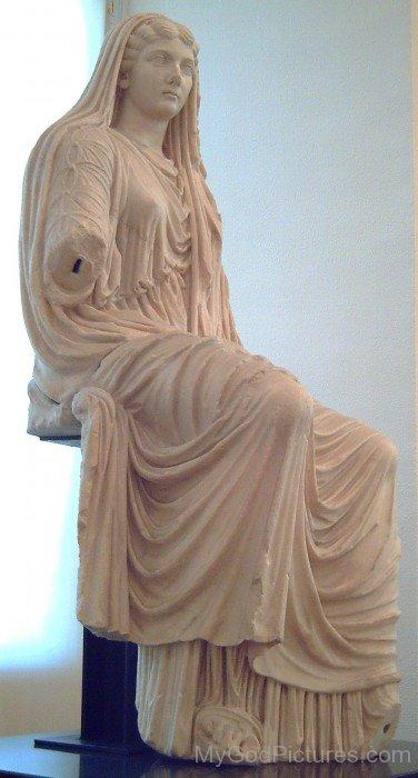 Livia Drusila Statue
