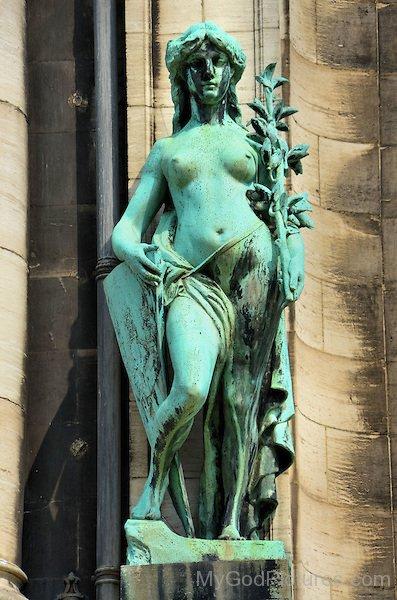 Salacia Goddess Statue