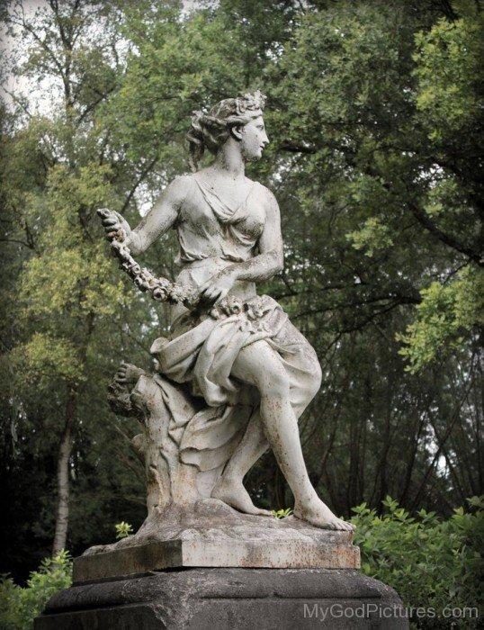 Statue Of Flora