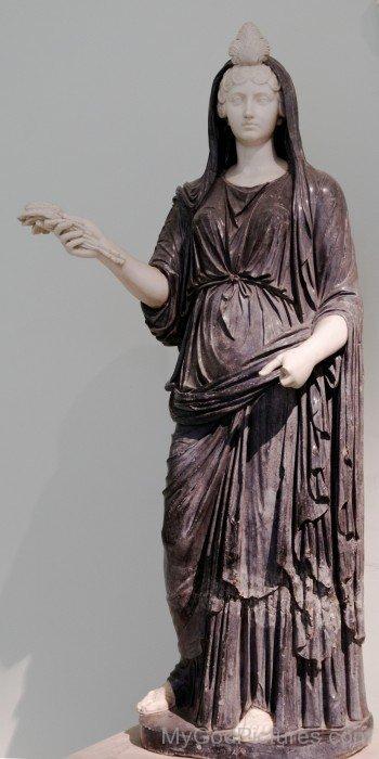 Status Of Goddess Isis