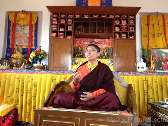 Spiritual Teacher Tsoknyi Rinpoche