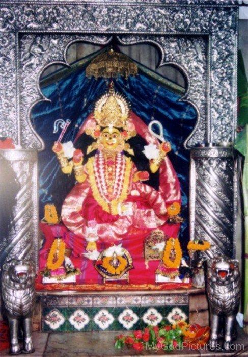 Bhuvaneshvari Image-re803