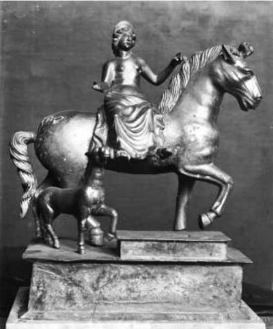 Black Statue Of Epona-fd501
