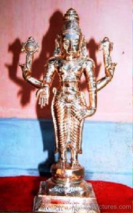 Golden Statue Of Satyanarayana-ws205